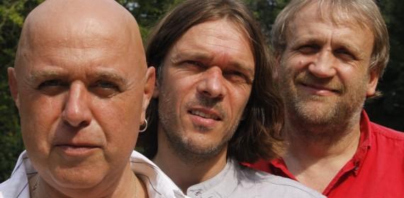 Band: Liaison Trio